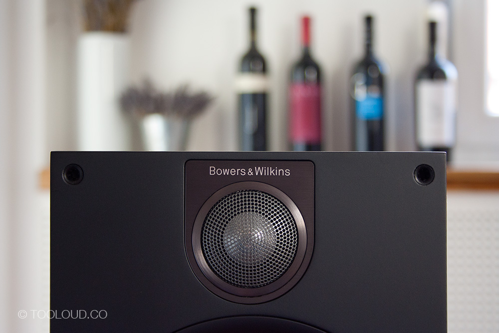 Bowers-Wilkins-685-S2-00