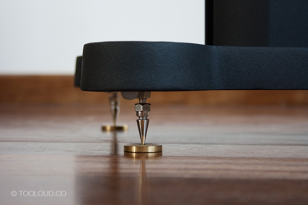 Bowers-Wilkins-685-S2-06