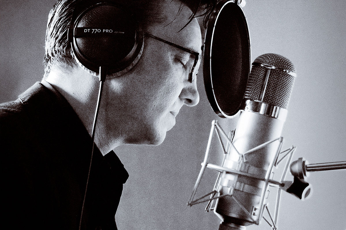 Richard-Hawley-02